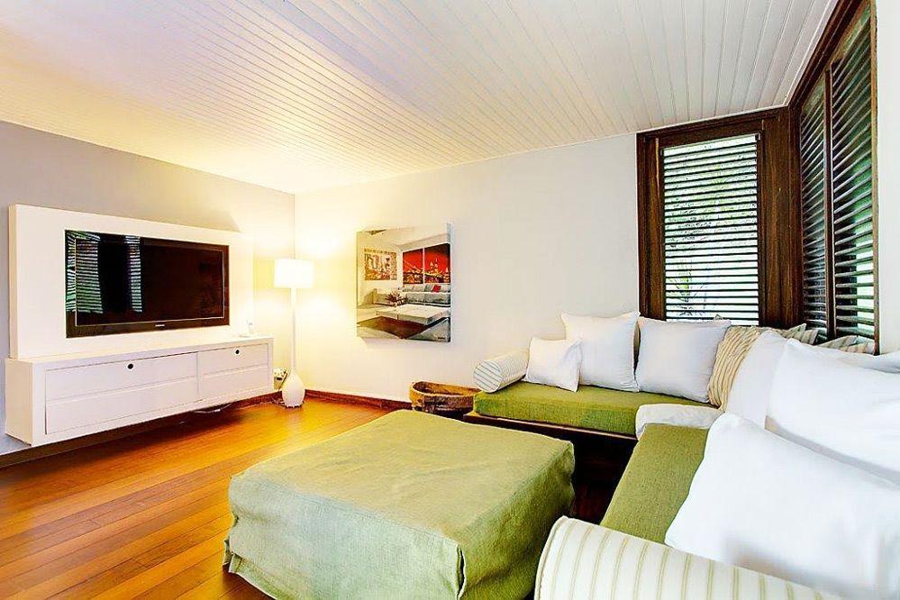 Villa de luxe piscine vue mer Guadeloupe - Le coin TV Villa The