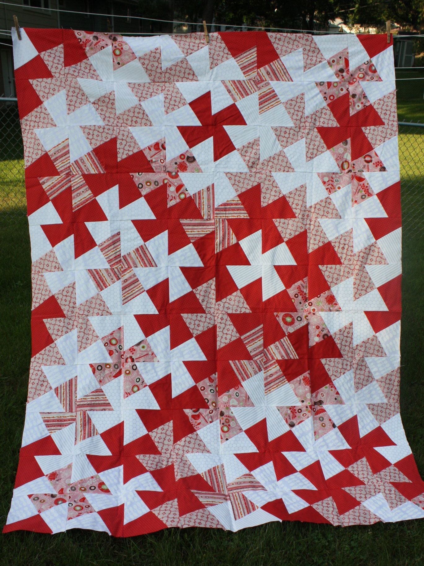 Twin Quilt Twister Pattern red white pink prints Quilts