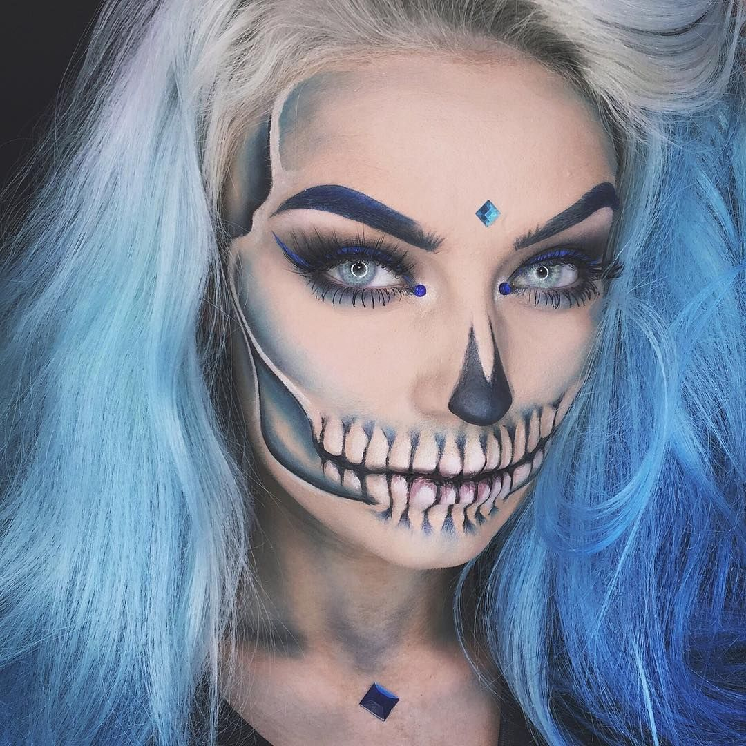 129k likes 104 comments naomi naomijon on instagram blue blue glam skull makeup tutorial is now up on my channel link in bio key products palette palette lashes islay eye do eyeliner hidrocor quartzo baditri Gallery