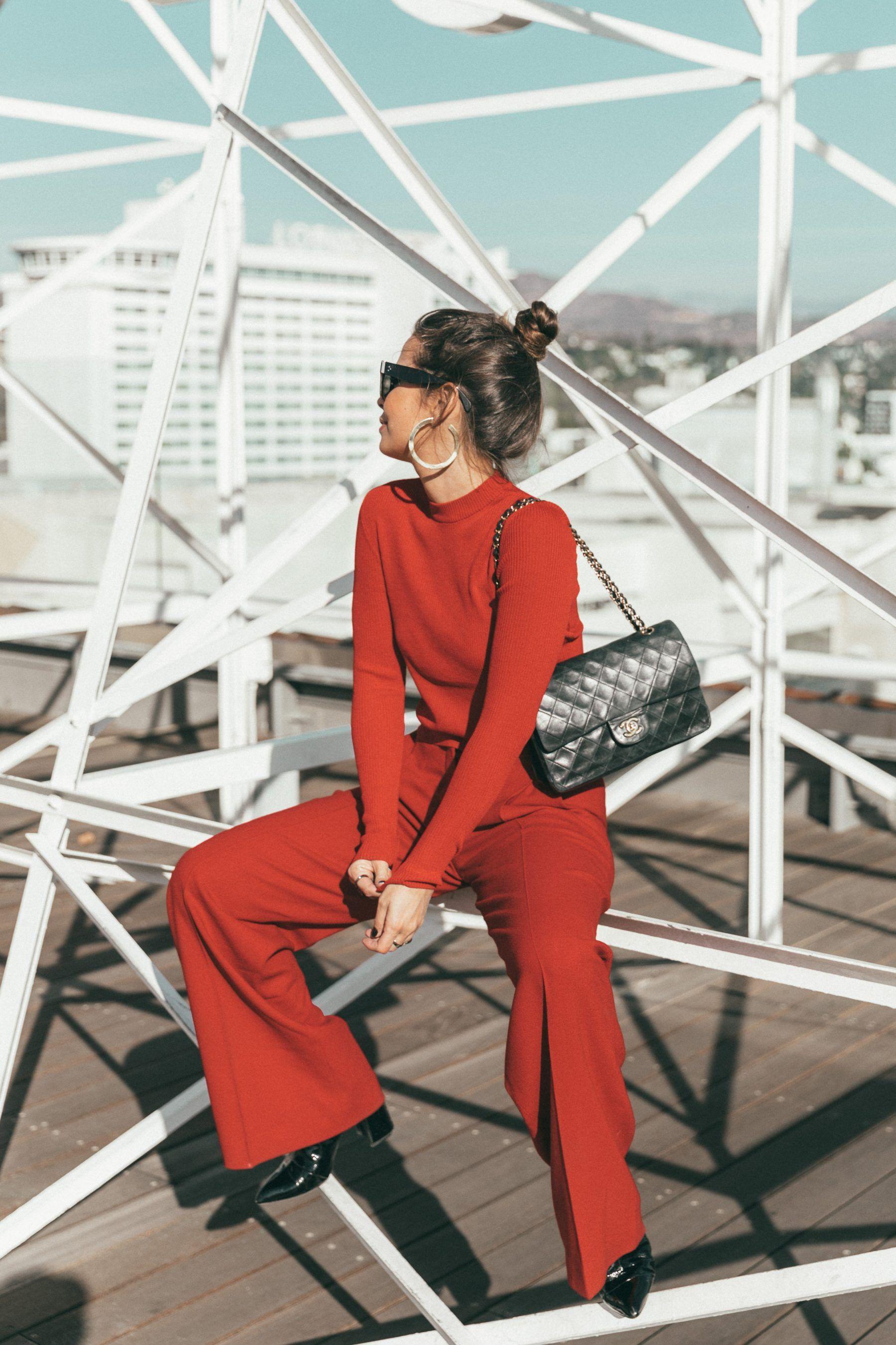 Hotel Roosevelt Rooftop | Collage Vintage. Red turtleneck sweater+red wide-leg pants+black boots+black shoulder bag+sunglasses. Fall Outfit 2016