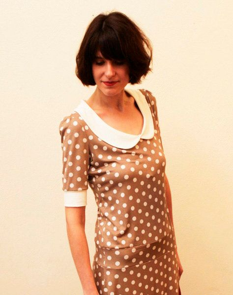 Dress Lulu with little dots and a round collar by jekyllundkleid