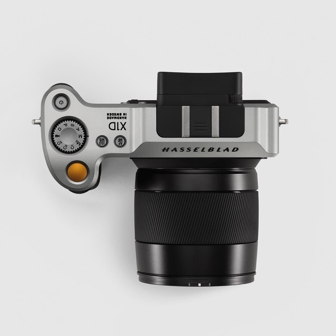 This Is Hasselblad X1d The World S First Compact Mirrorless Digital Medium Format Camera 50mp Cmos Medium For Mirrorless Camera Camera Cost Digital Camera