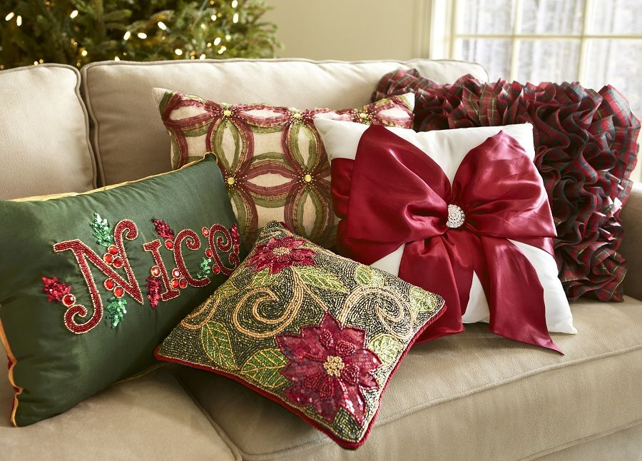 Pier 1 Christmas pillows | Holiday Home | Pinterest | Christmas ...