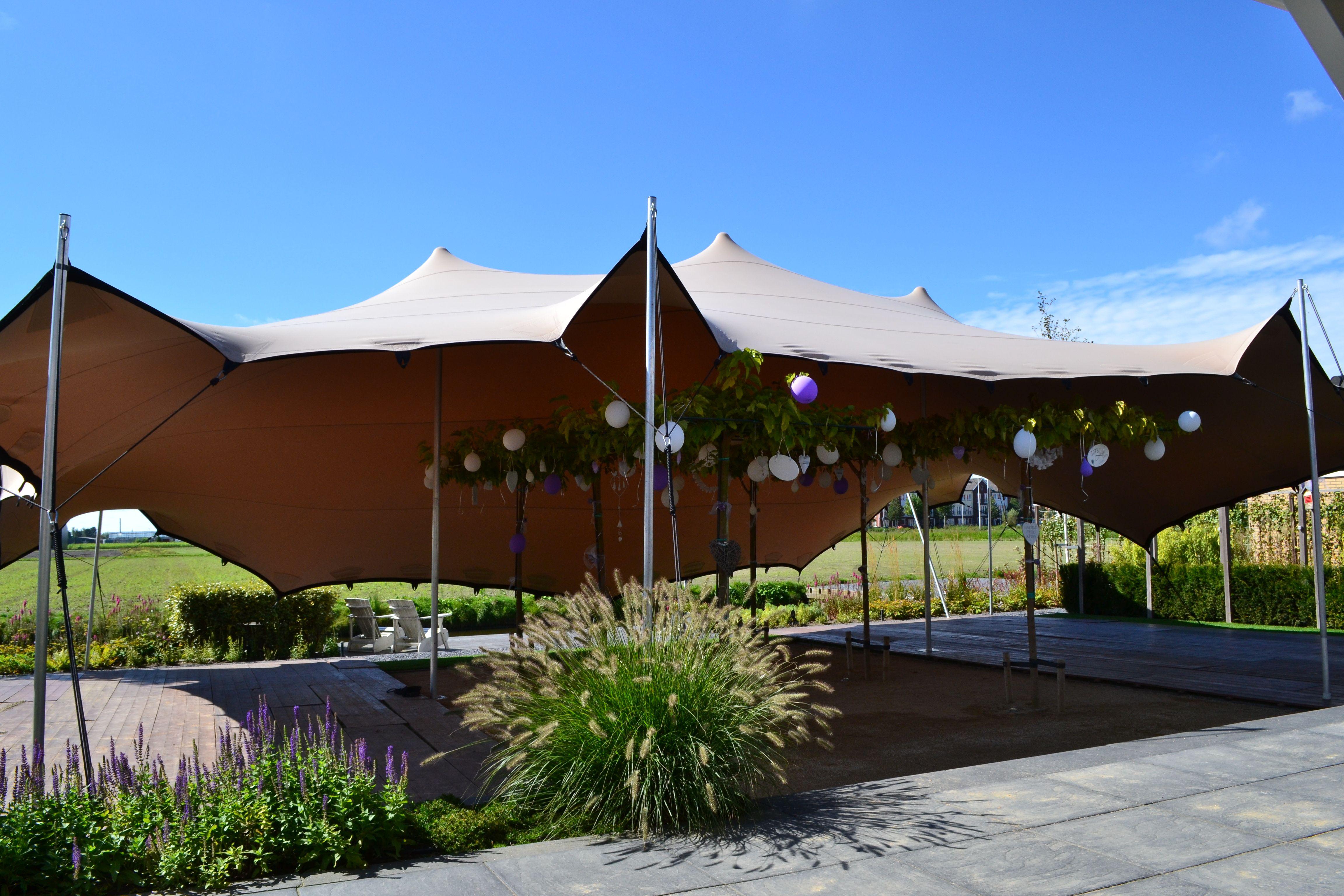 Stretchtent voor bruiloft.  www.tent4rent.nl/bruiloft-tent/