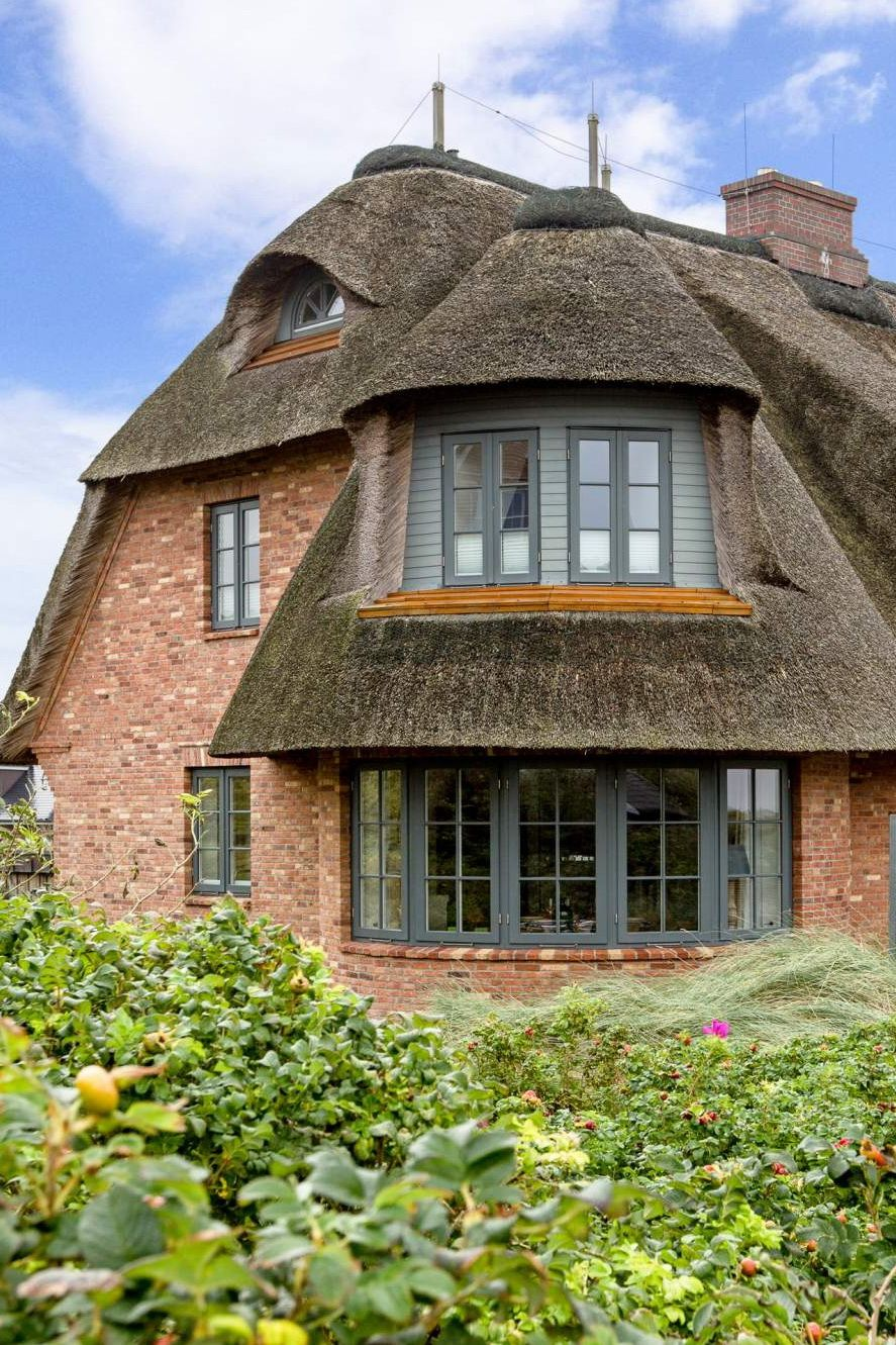Ferienhaussiedlung Deutschland 15 Thatched Roof Ideas Advantages And Disadvantages