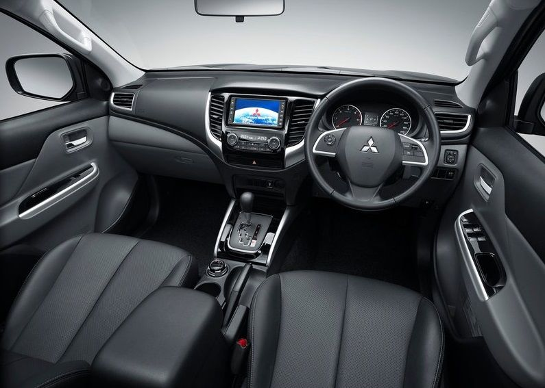 2016 Mitsubishi L200 Interior Mitsubishi Cars Suv Cars
