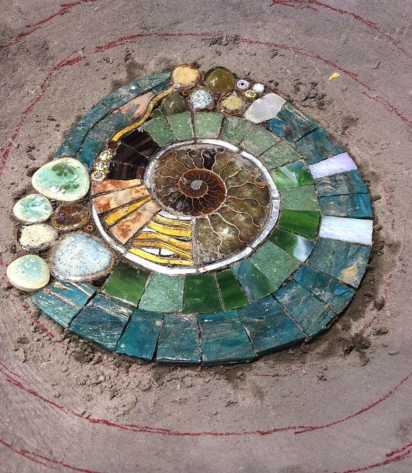Photo of Garden Treasure Bird Pool – Kate Rattray – Mosaic Artist