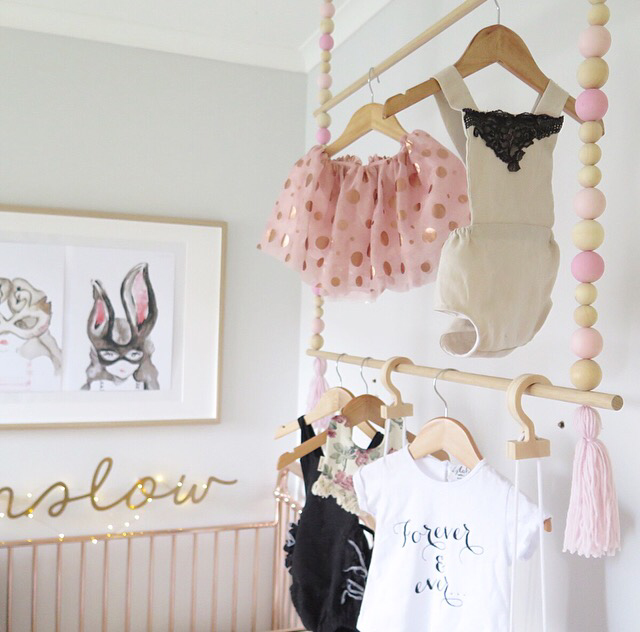 A Wooden Bead Hanging Rack Winnie Dot Diy Clothes Hanging