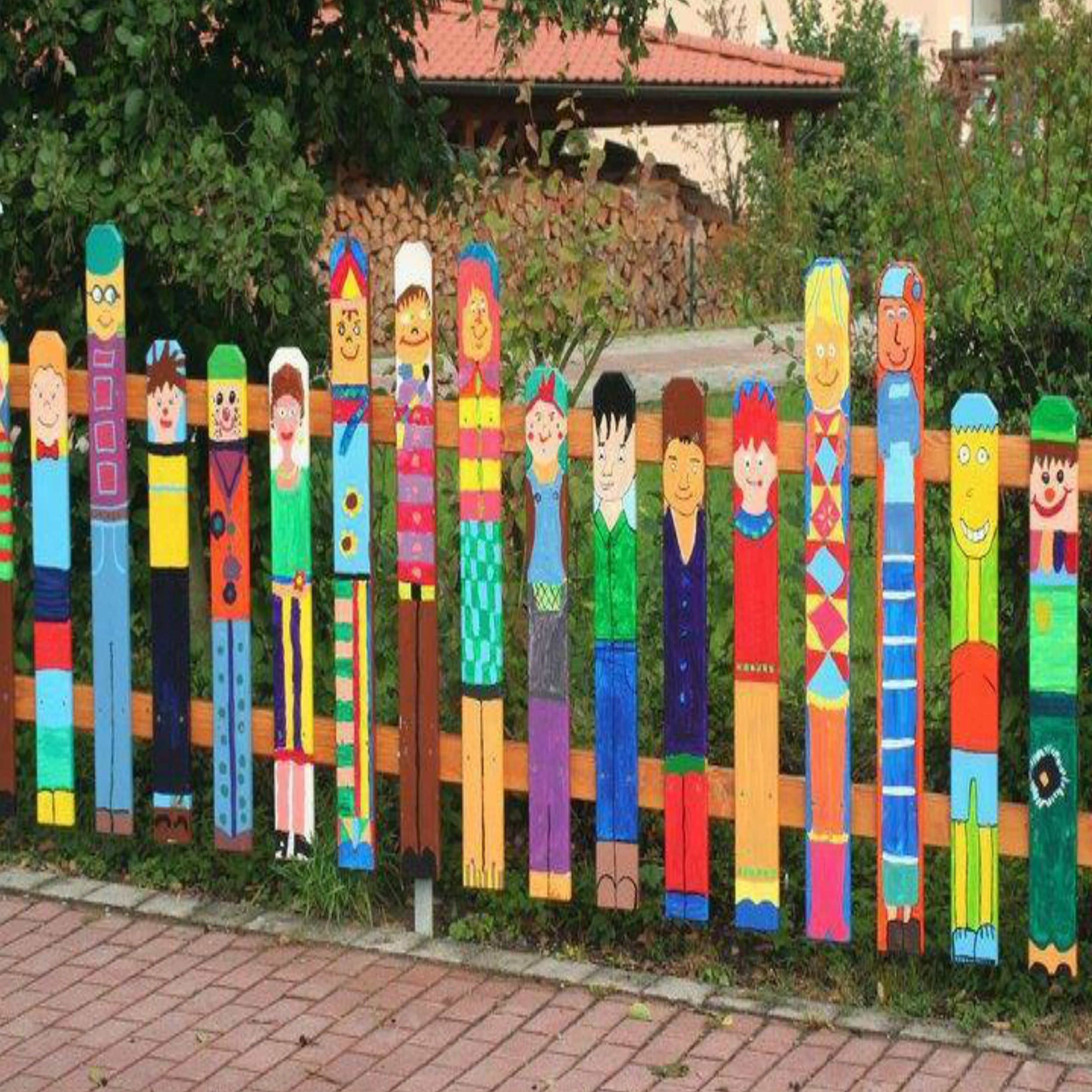 Paint Wood Posts Paint Fence Posts Bright Colors As People