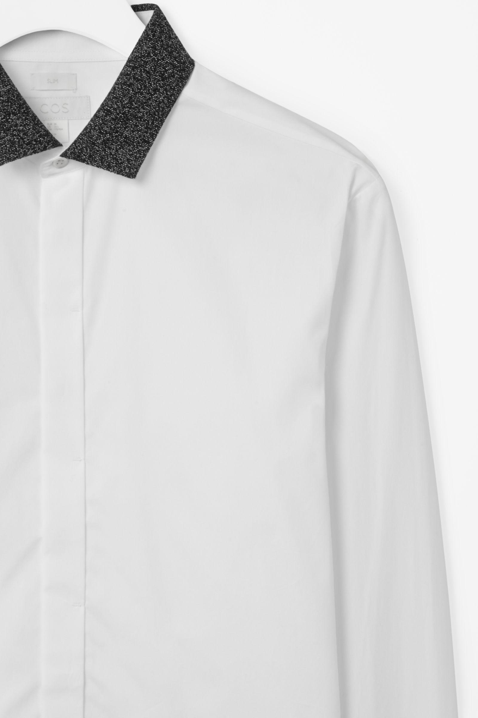 Contrast colour shirt