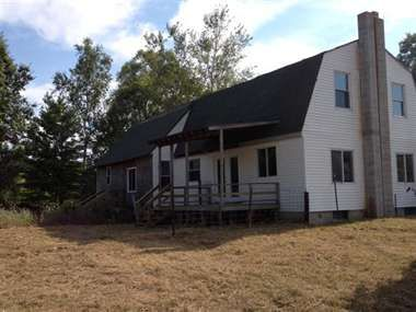 michigan, $56,000           Farm House with Thirty Acres and Barn, 30 total acres   HuntingPropertySearch.com