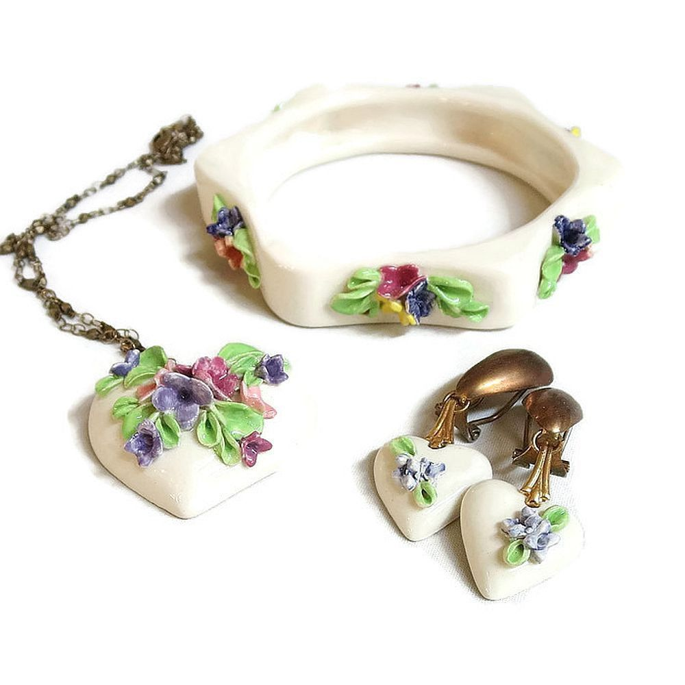 dda145bd4 Capodimonte Style Flowers Bracelet, Pendant Necklace & Earrings Set Vintage  Porcelain Ceramic by MyVintageJewels on Etsy #freeshipping ...