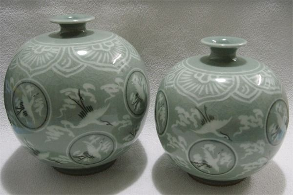 Green inlaid celadon - Duad vase / Specialties of  Korea / Home decoration   ! #KoreanPottery