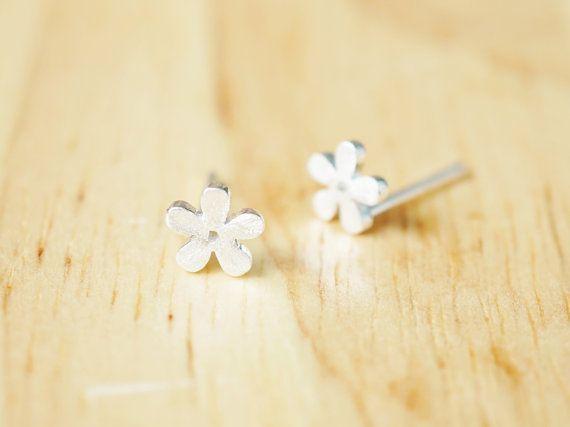 Flower Mini Silver Earrings