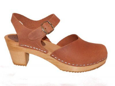 1a14bc48145282 DOLLY Cognac- wooden clog sandal If comfortable enough...