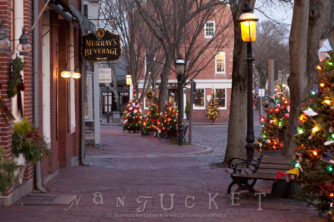 Main Street, Nantucket (CH) Christmas place, Nantucket
