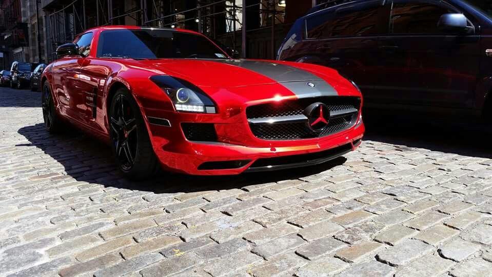 Red Mercedes biturbo