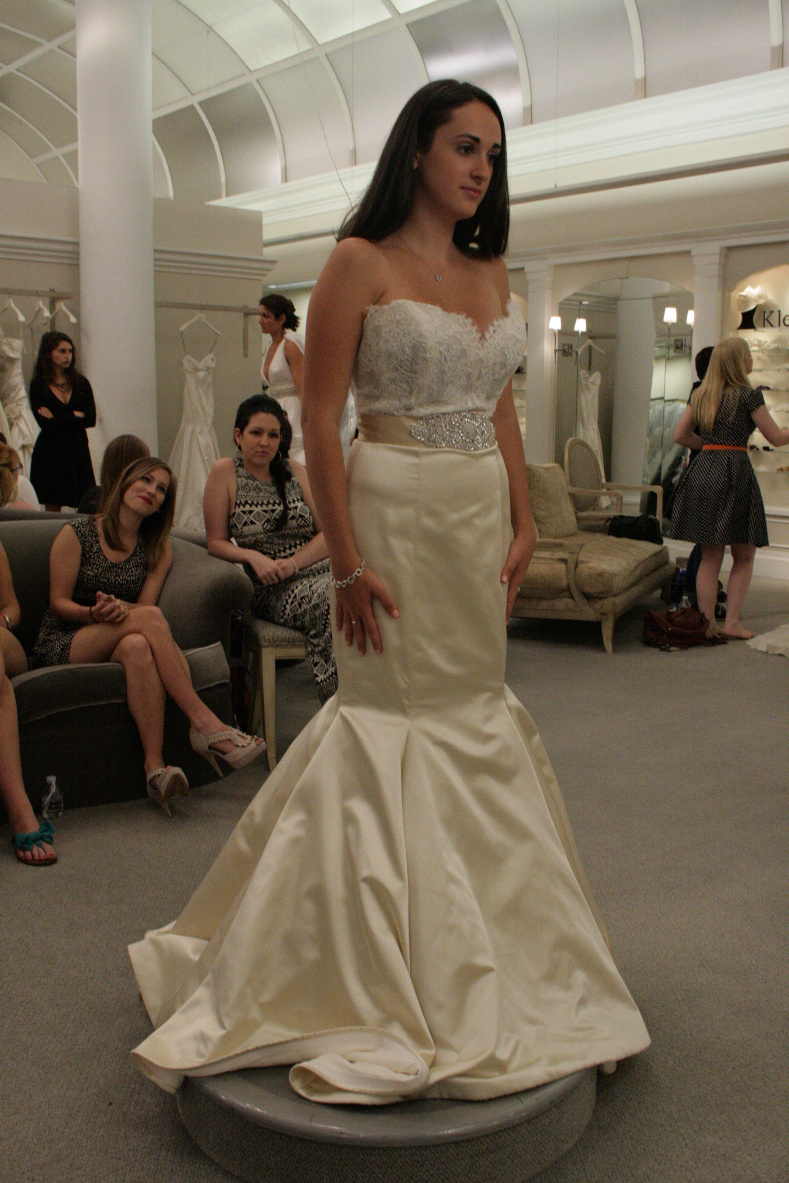 10 Biggest Wedding Expenses Wedding Dresses Mermaid Wedding Dress Beautiful Wedding Dresses [ 3888 x 2592 Pixel ]