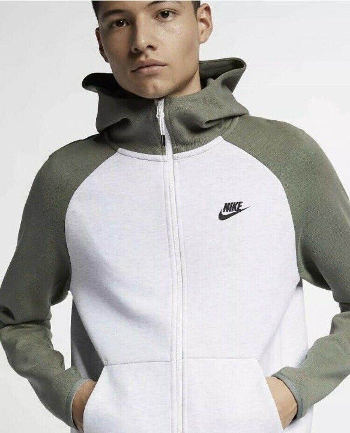Nike Tech Fleece Full Zip Hoodie Xl In 2021 Nike Tech Fleece Tracksuit Nike Tech Tracksuit Nike Tech Fleece [ 1482 x 1200 Pixel ]