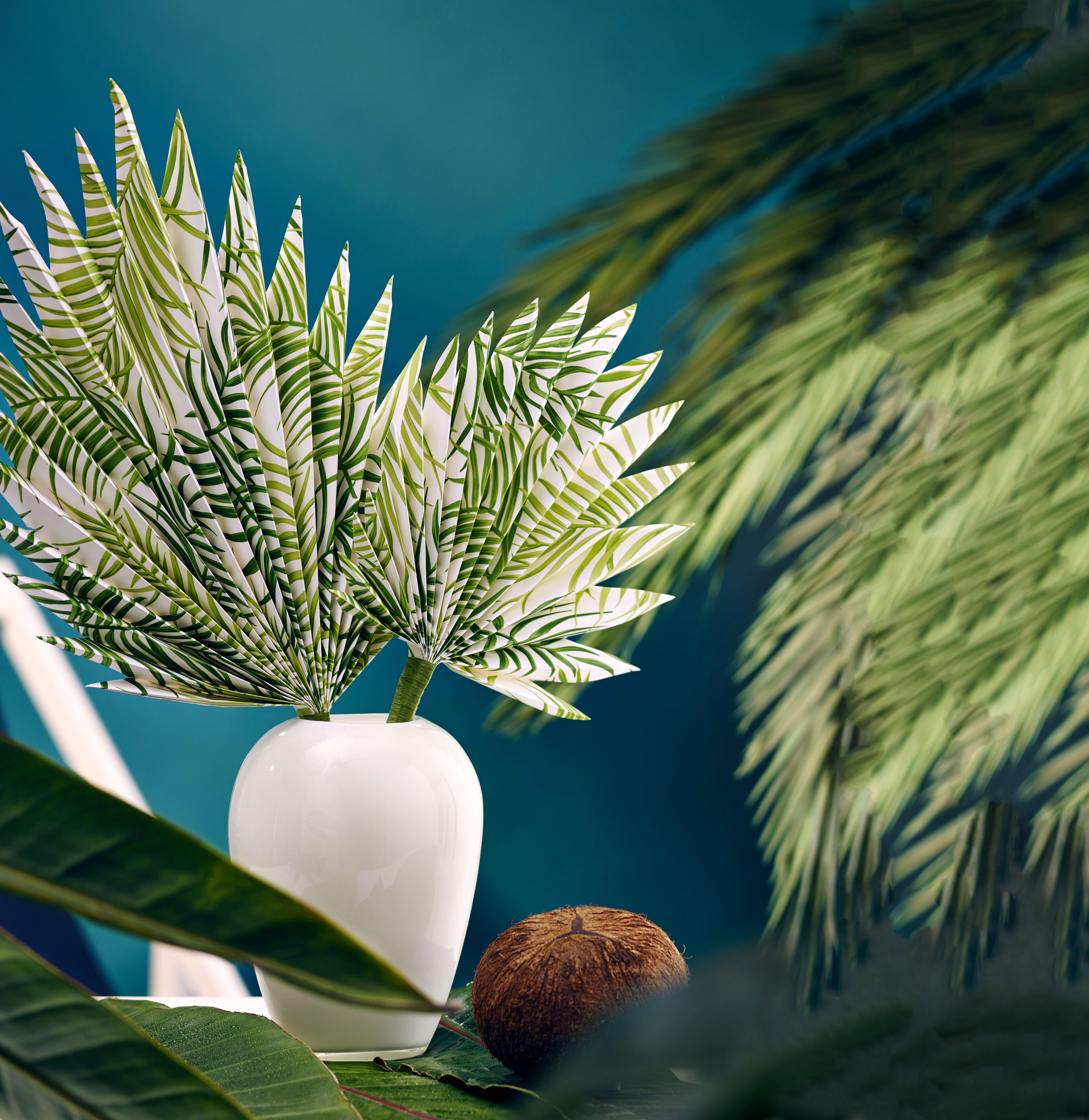 burda style palmenblatt f cher wenn die sommerhitze zu gro wird k nnen wir uns mit diesen. Black Bedroom Furniture Sets. Home Design Ideas