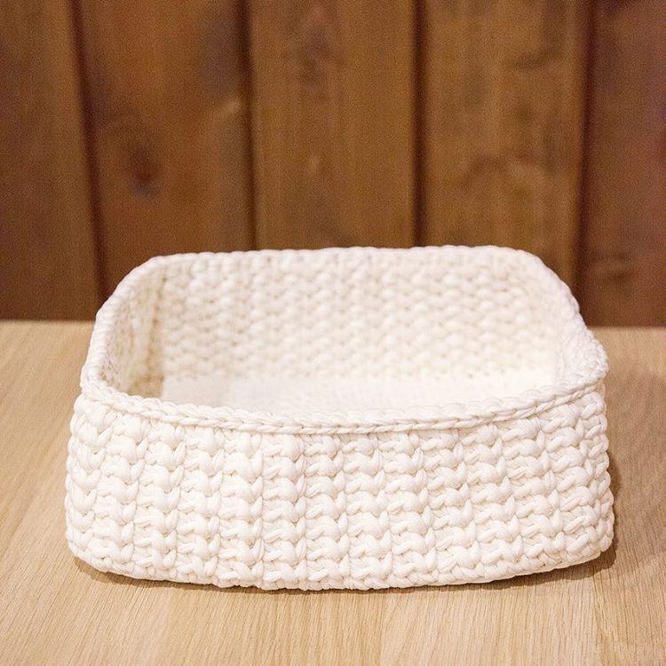 "16 Likes, 3 Comments - NN_knit - Ручное Вязание (@nn_knit) on Instagram: ""Корзинка из набора для бани🛁 скоро покажу весь😊  ______________  Ручная работа 100% хлопок…"""