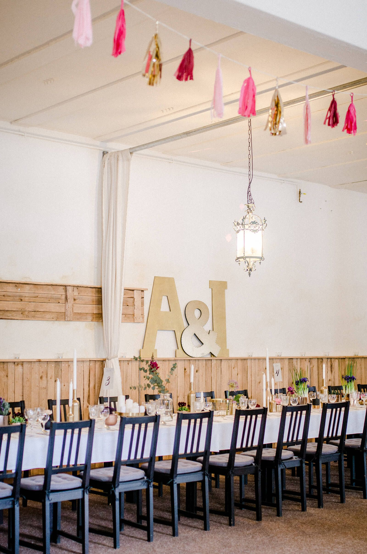 Zimmerfarbe stil lange tafel hochzeit hochzeitsinspiration photo by designparaplus
