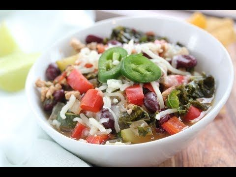 Slow Cooker 3-Bean Turkey Sausage Chili | Simple Nourished Living #veggiechilirecipe