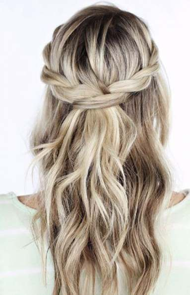 57 Trendy Wedding Hairstyles Half Up Half Down Simple #weddingguesthairstyles