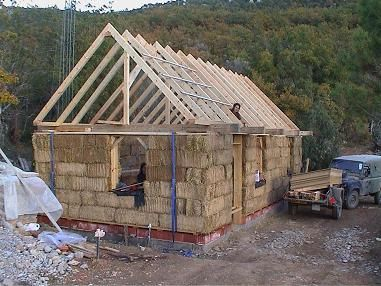La construcci n de casas con balas de paja sitiosolar - Construccion de casas ecologicas ...