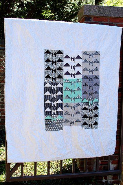 Bats In Flight Cool Quilt Ideas Halloween Quilts