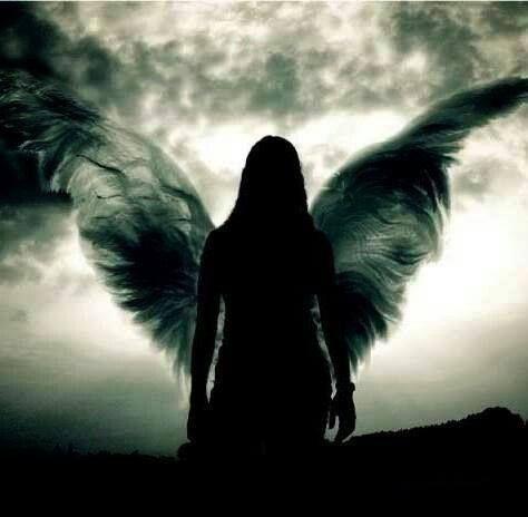 Guardian angel by night.   Gefallener engel, Schwarze ...