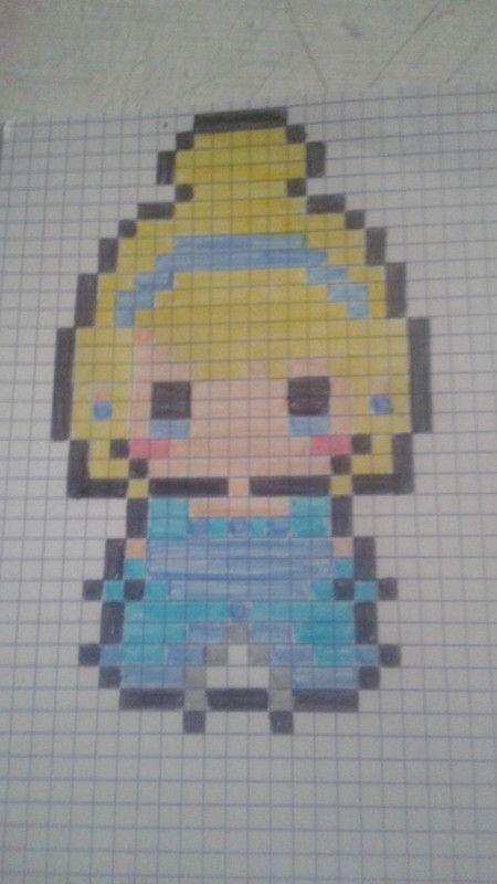 Les Brico D Elo Dessin Pixel Pixel Art Super Heros Dessin Petit Carreau