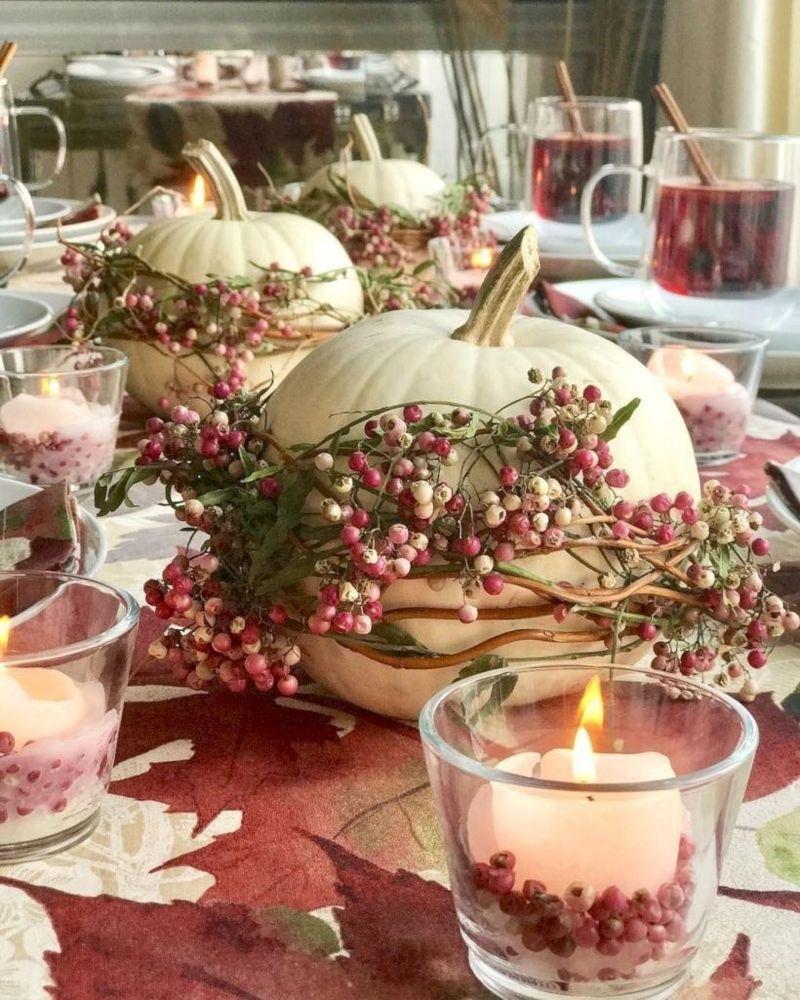35 White Pumpkin Fall Floral Arrangement for Fall Decor - homeridian.com #herbsttischdekorationen
