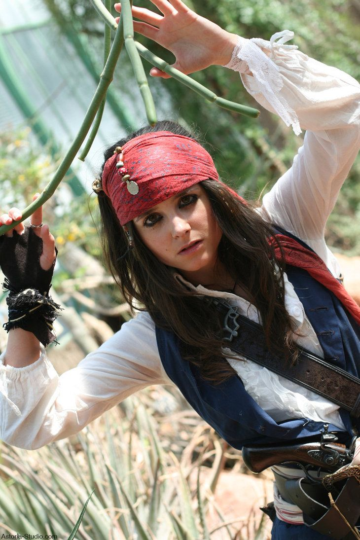 33 Stunning Pirate Costumes Ideas For Halloween  sc 1 st  Pinterest & Elo Sparrow Jungle by *elodie50a on deviantART   Pirates   Pinterest ...