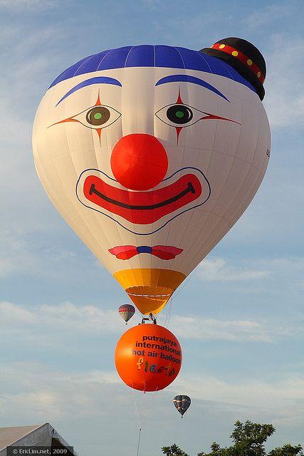 Clown balloon    1st Putrajaya Hot Air Balloon Fiesta 2009  Putrajaya, Malaysia