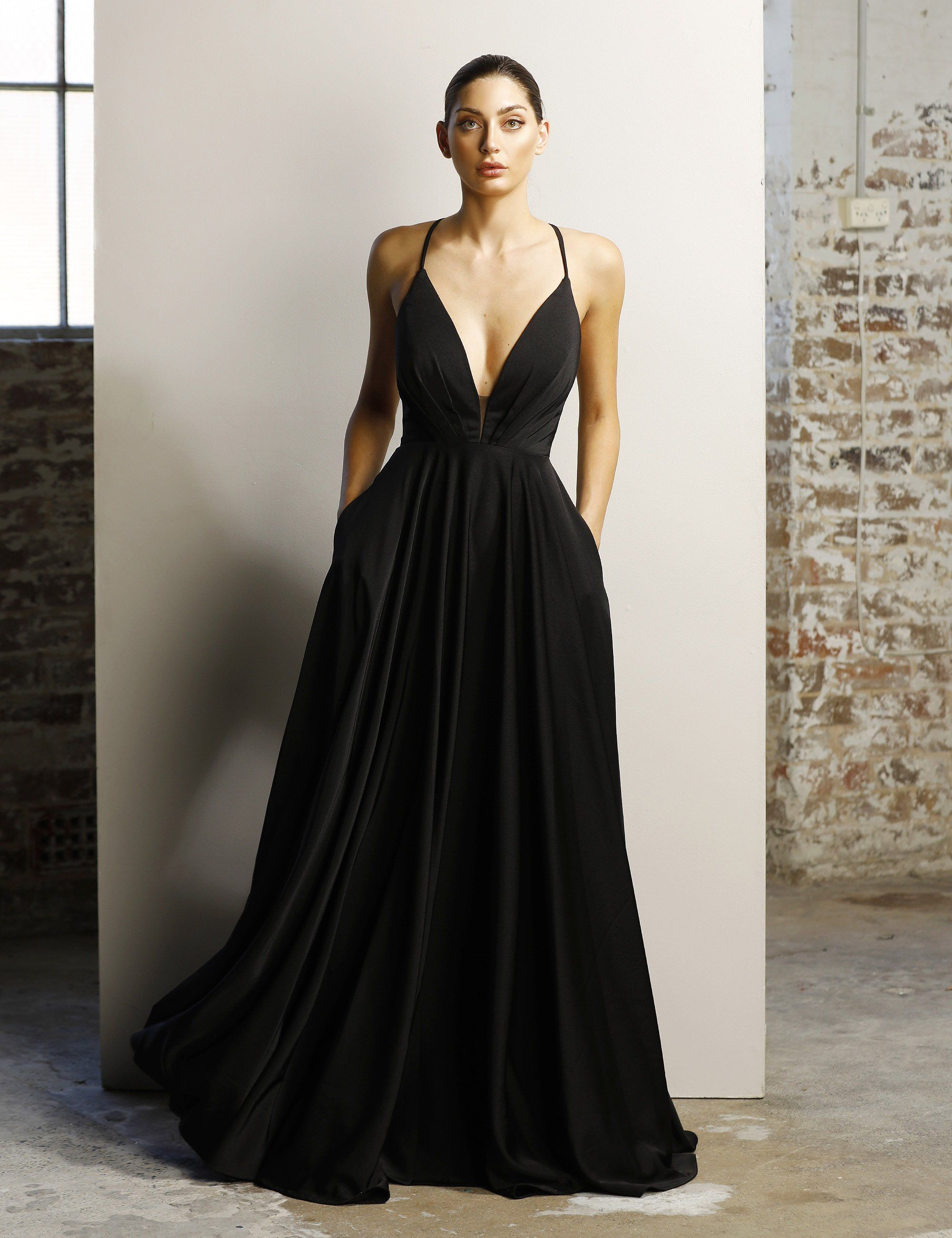 Jx1064 | Gowns, Evening gowns, Prom dresses