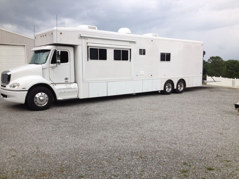 2015 Show Hauler BUNK BED 3 SLIDE for sale by Owner - Dayton, OH