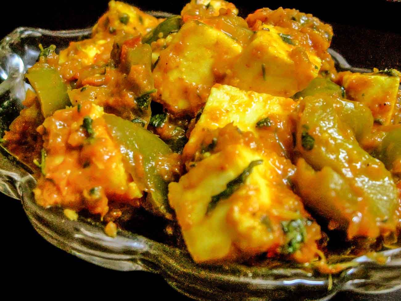 Kadai paneer recipe spiced cottage cheese with green bell peppers heres kadai paneer recipe or lunch on sunday delicious north indian dish and best for guests forumfinder Images