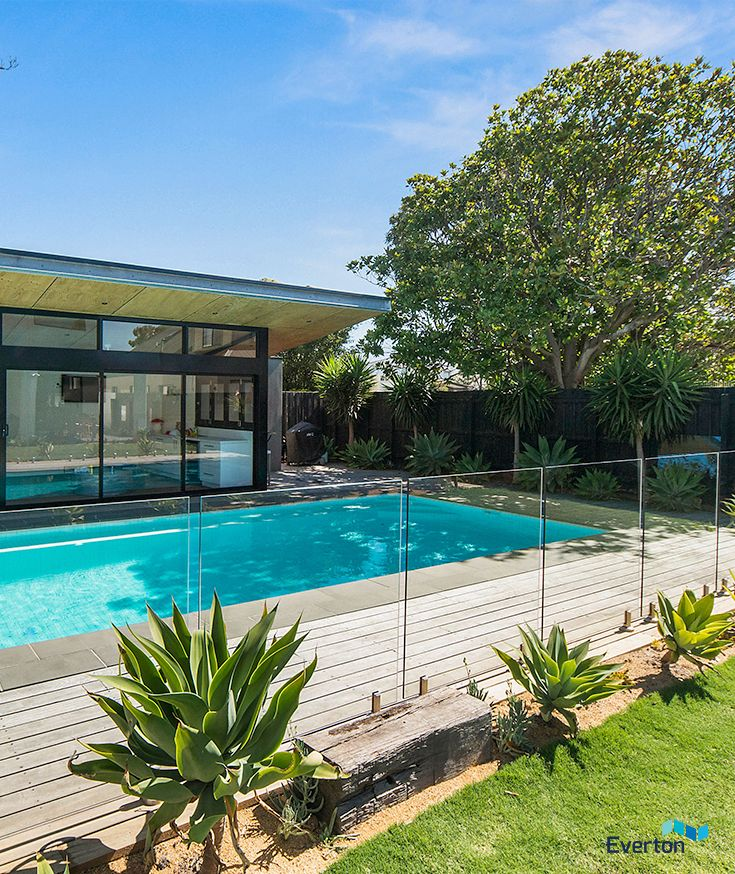 Fully Frameless Mini Post Glass Pool Fencing System A Stylish Diy Solution For Outdoor Pool Areas Glass Pool Fencing Pool Fence Outdoor Pool Area