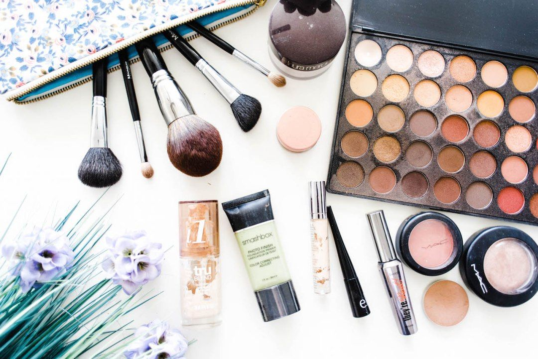 High End Makeup Products For The Non Beauty Guru That Don T Break The Bank Everyday Ellis High End Makeup Beauty Guru Futuristic Makeup
