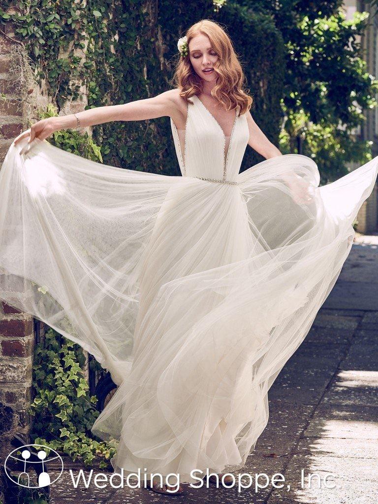 Boho bridal gowns, flowy wedding dress, simple wedding dress   Tamar ...