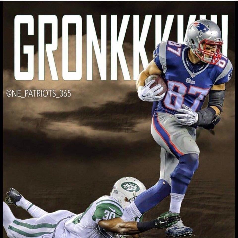 Pin By Jeanne Osterhoudt On Gronk Patriots In 2020 Gronk Patriots Nfl New England Patriots Nfl Patriots