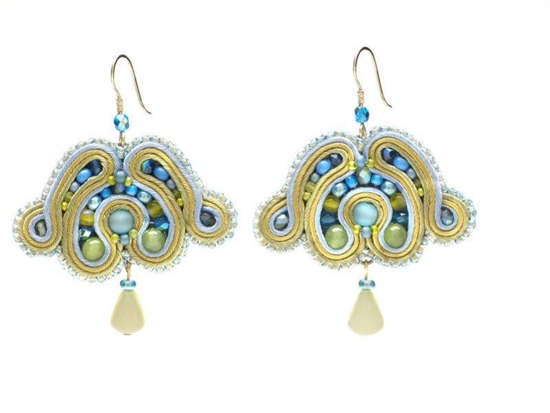 Soutache tulip earrings