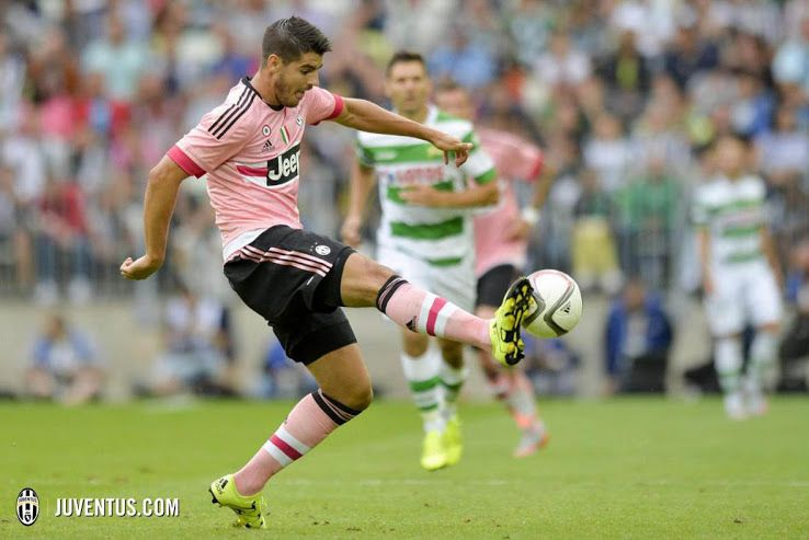 e05fa580 Pretty in Pink - Juventus 15-16 Away Kit | On-Pitch Debut - Footy Headlines