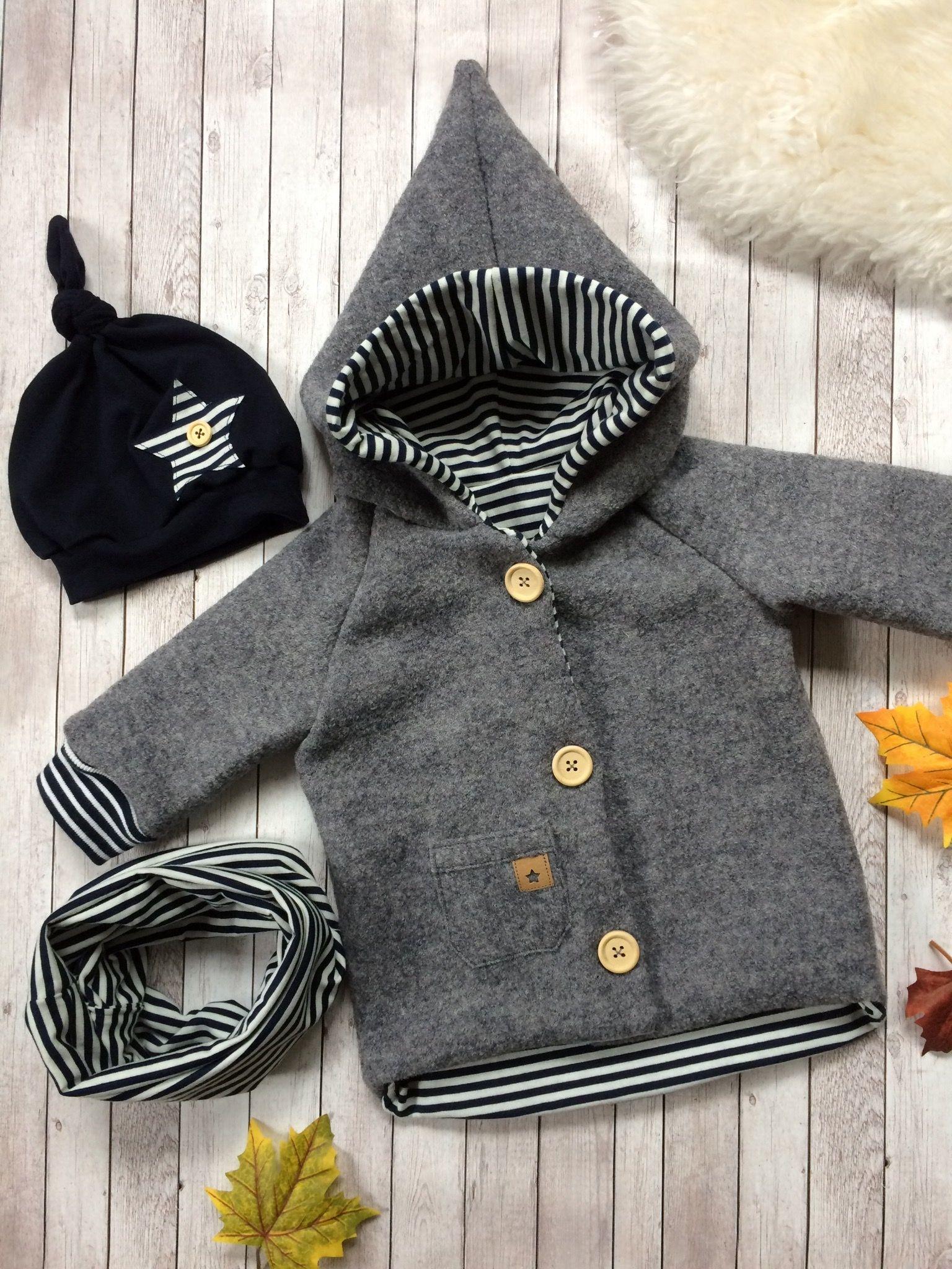 Photo of @TresorsDuMonde.ca partage: Élégant manteau d'enfant en gris, noir et blanc, a…