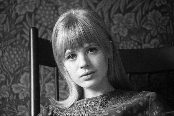 Very rare photo of Marianne Faithfull as a teenager before she became famous, ca. 1963 (by Chris O'Dell/Do not remove credit/Full article)