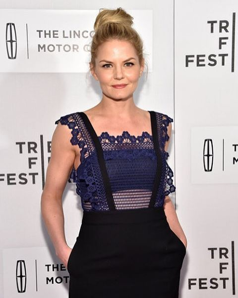 "One of my favorites ❤️ @jenmorrisonlive attending ""The Family Fang"" Premiere at TriBeCa Film Festival.  @kimbower  @traceymattinglyllc #jennifermorrison #onceuponatime #hair #tribecafilmfestival2016 #love #hairbun"