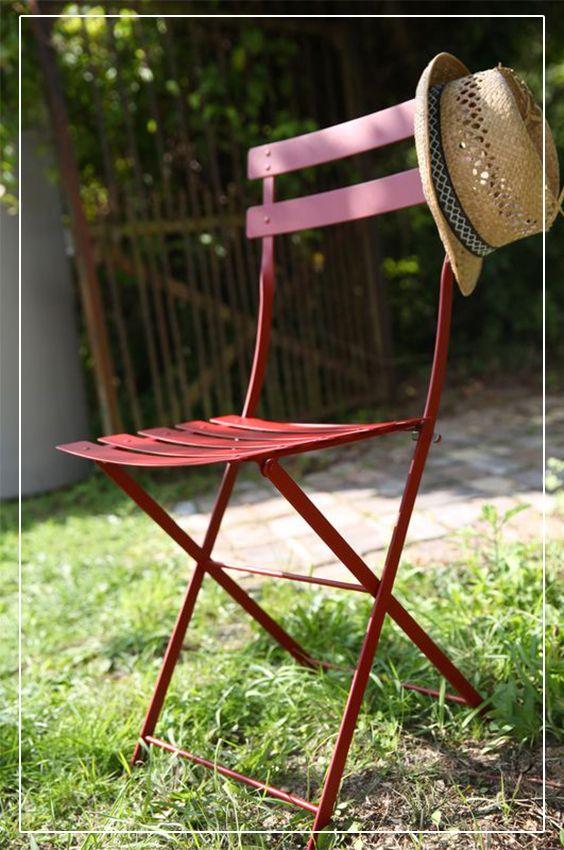 Chaise de jardin en métal rouge piment Bistro, pour apporter une ...