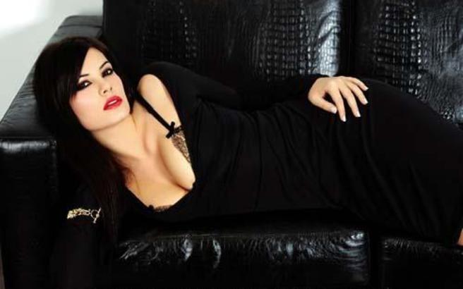 Όταν η Μαρία Κορινθίου ήταν 17 χρονών - http://www.daily-news.gr/lifestyle/otan-maria-korinthiou-itan-17-xronon/