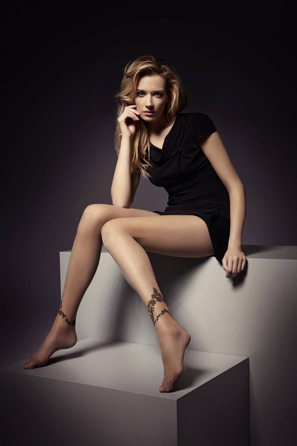 0f6d46bf | Legs.BZ | Girls dress up, Mini dress, Tight dresses